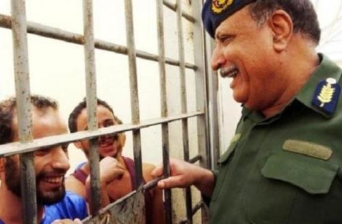ملامح النزعة التلفيقية في قصة ( السجون السرية  في اليمن )