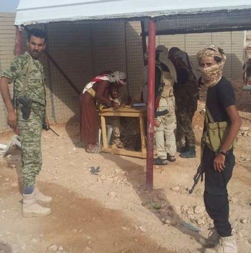 قائد محور الشهداء بالنخبة الشبوانية يثمن جهود التحالف العربي في انجاح حملة منع حمل السلاح بعتق