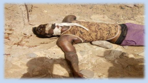 شاهد.. العثور على جثة شخص مشنوق وعليه آثار تعذيب بلحج