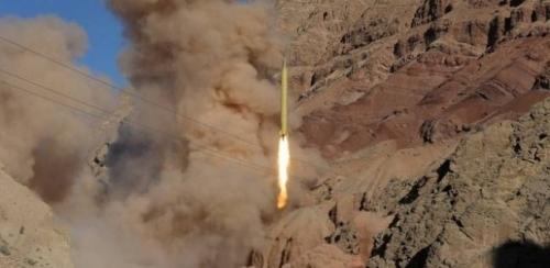 سقوط صاروخ أطلقته المليشيات الحوثية باتجاه السعودية داخل اليمن