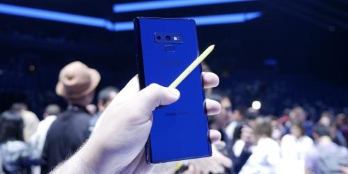 الايفون اكس يتفوق على هاتف نوت 9 في اختبارات الاداء