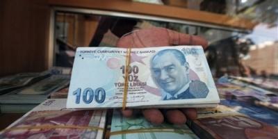 الليرة التركية تسجل هبوطاً قياسياً جديداً لتفقد 40% من قيمتها