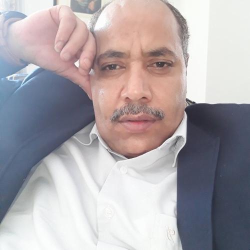 قيادي مؤتمري يتهم قطر بتمويل الإعلام الحوثي