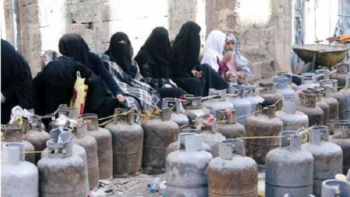 ميليشيا الحوثي تستقبل عيد الأضحى برفع أسعار الوقود في إب