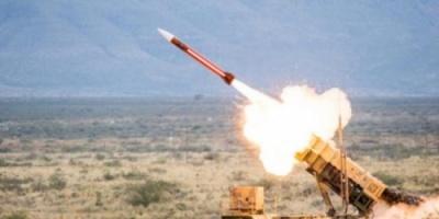 الحوثيون يطلقون صاروخ باليستي على السعودية يسقط في صعدة