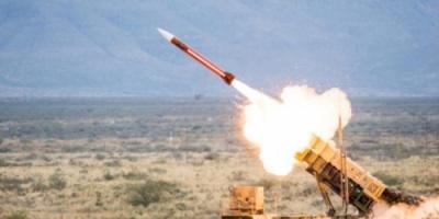 سقط بمحافظة يمنية.. مليشيات الحوثي تفشل بإطلاق صاروخ على السعودية