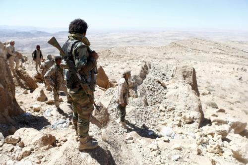 قتلى وجرحى من ميليشيا الحوثي في مواجهات مع قوات الشرعية غربي تعز