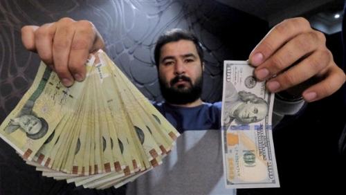 تقرير: الاقتصاد الإيراني غير قادر على الصمود أمام العقوبات الأمريكية