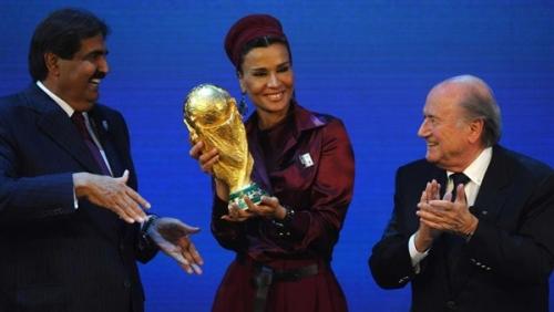 حملة في لندن لسحب تنظيم كأس العالم من قطر (صورة)