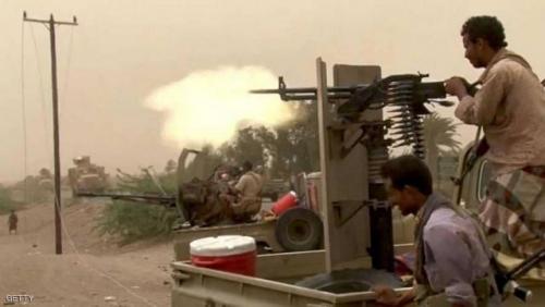 شاهد بالفيديو..أسر 4 حوثيين وإحباط محاولة تسلل للمليشيا في الحديدة