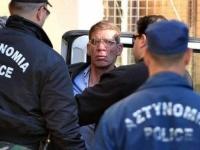 """القاهرة تستلم المتهم باختطاف طائرة مصرية في قبرص وتحيله للتحقيق  """"صور"""""""