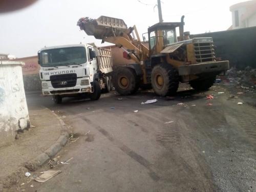 حملة نظافة واسعة لشوارع الشيخ عثمان تحضيراً لاستقبال عيد الأضحى المبارك