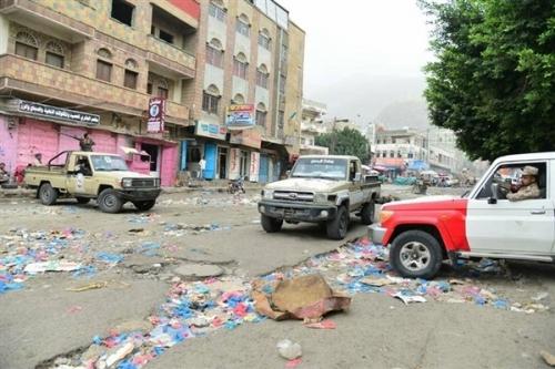 إصابة ثلاثة مواطنين برصاص مسلح يستقل دراجة نارية في تعز