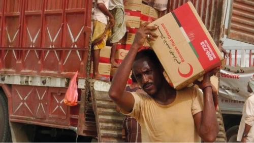 «الهلال الأحمر».. مبادرات إنسانية ومشروعات تنموية تلبي احتياجات اليمنيين
