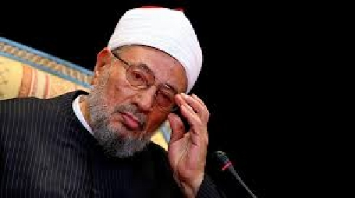 رواد تويتر يهاجمون مفتي الإرهاب.. وسعوديون: فتوى الحج للقرضاوي لإرضاء قطر