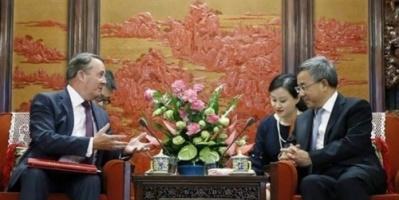 الصين وبريطانيا تسعيان لتوقيع اتفاق تجارة حرة