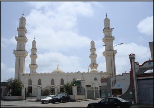 انفوجرافيك.. تعرف على مواقيت الصلاة في مدينتي عدن والشحر اليوم الإثنين 27 أغسطس