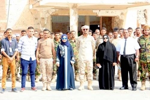 """دائرة حقوق الإنسان بالانتقالي تدشن ورشة """"الإعداد النفسي و الذهني"""" لمجندي ألوية الدعم و الإسناد بالعاصمة عدن"""