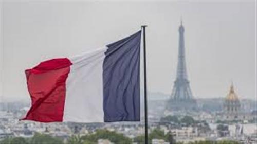 فرنسا تحذر دبلوماسييها من السفر إلى إيران