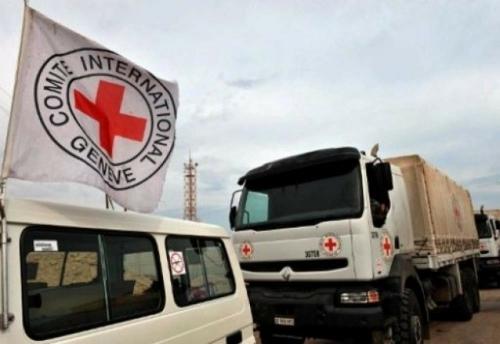 الكشف عن تفاصيل استهداف مليشيا الحوثي قافلة إغاثية بالحديدة