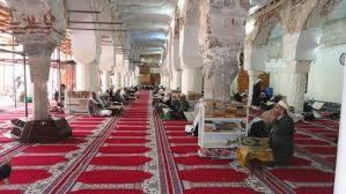 يمنيون يرفضون صلاة الجمعة بمساجد خاضعة للحوثيين في صنعاء
