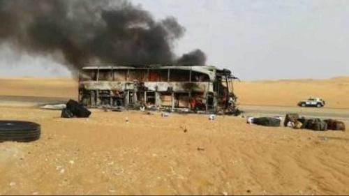 وفاة وإصابة 36 في حريق حافلة للحجاج اليمنيين