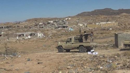 القوات الشرعية تحاصر معقل زعيم الحوثيين لاقتحامها (صورة)