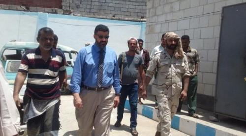 بالصور.. جولة استطلاعية للقائم بأعمال محافظ عدن لمديريات العاصمة المؤقتة