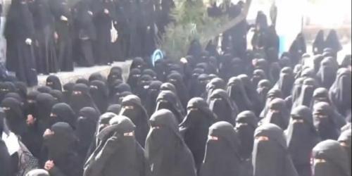 دورات طائفية من مليشيا الحوثي لمديرات مدارس إب
