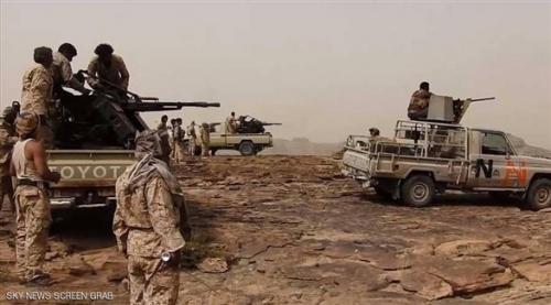 قوات الشرعية تعثر على مخزن أسلحة وصواريخ وألغام متعددة الأغراض تابعة للميليشيات في صعدة (صور)