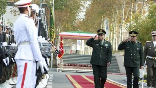 الصين تتحدى.. سندعم إيران عسكريا رغم العقوبات الأمريكية