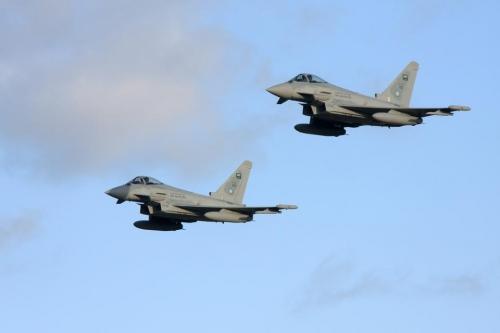 طيران التحالف العربي يدمر صواريخ باليستية ومواقع رادارات تابعة لمليشيا الحوثي بصعدة