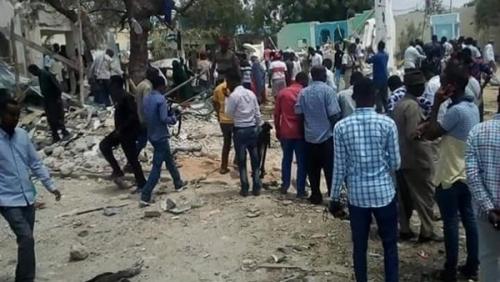 قتلى وجرحى إثر اقتحام سيارة مفخخة لمبنى حكومي في مقديشيو