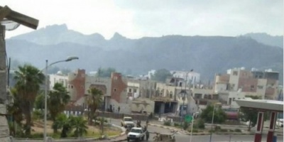 مخمور يشعل اشتباكات مسلحة مع شرطة خور مكسر
