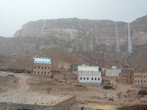 توقعات بهطول أمطار متفرقة بحضرموت