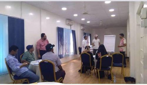 مركز شغف للتدريب يختتم دورة تدريبية بعدن حول دراسة الجدوى مع رئيس مجموعة دتك العالمية