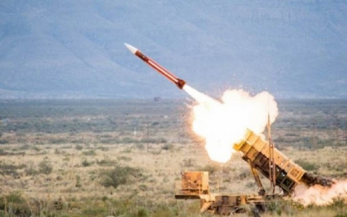 الدفاع الجوي السعودي يعترض صاروخا حوثيا باتجاه جازان