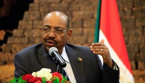 اعتذار 3 وزراء يؤجل أداء الحكومة السودانية الجديدة لليمين