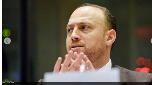 """واشنطن تطرد السفير الفلسطيني وعائلته.. والمنظمة تراه """"حقدا"""""""