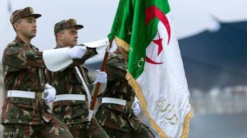 توالي الإقالات العسكرية.. ماذا يحدث في الجزائر؟