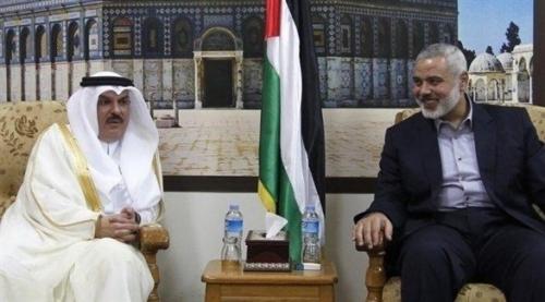 قيادي فلسطيني: قطر تدعم حماس لتصفية القضية الفلسطينية