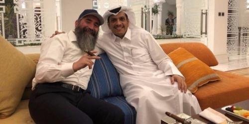 صورة تفتح من جديد حكاية التطبيع بين قطر وتل أبيب
