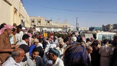 شبوة تشيع ثلاثة من قوات النخبة استشهدوا في مواجهات مع القاعدة (صور )