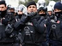 تركيا تعتقل 61 عسكريا للاشتباه في صلتهم  بفتح الله غولن