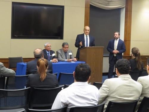 رئيس العلاقات الخارجية للانتقالي  يقدم إحاطة شاملة عن الوضع في اليمن أمام أعضاء من مجلسي النواب والشيوخ الأمريكي