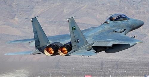 طيران التحالف يحلق بكثافة فوق صنعاء
