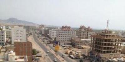 أمن عدن  يلقي القبض على  زعيمي  العصابتين المسلحتين المتورطتين  بأحداث  القاهرة