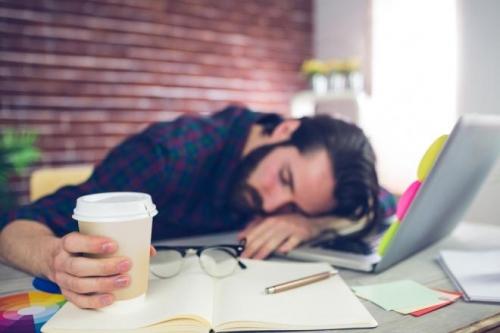 خمسة أسباب تجعلك دائم التعب والإجهاد