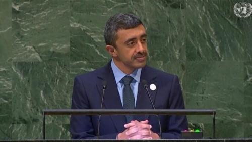 وزير الخارجية الإماراتي: الحوثي جماعة إرهابية صنعتها إيران