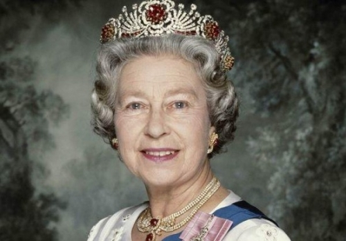 ملكة بريطانيا تكشف عن أسوأ يوم في حياتها
